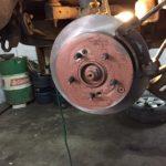 Замена тормозных дисков и колодок KIA Sportage